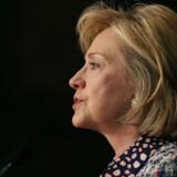 Hillary Clinton har gennem sin tid som USAs udenrigsminister sendt omkring 55.000 emails fra en privat emailadresse, og nu kritiseres hun for at have overtrådt reglerne for gennemsigtighed i offentlige embeder. Sagen kommer på et tidspunkt, hvor hun ellers anses som favorit til at stille op som Demokraternes kandidat ved præsidentvalget næste år. Arkivfoto: Mark Wilson