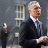 Natos generalsekretær, Jens Stoltenberg, siger i London, at en beslutning om øget tilstedeværelse i Afghanistan bliver truffet inden for nogle uger. Men alliancen vender ikke tilbage til kampmission i landet.
