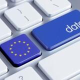 Data skal kunne bevæge sig frit i EU, og derfor bliver det forbudt, at enkelte lande kan kræve data opbevaret inden for egne grænser, så længe der er tale om ikke-persondata, lægger EU-Kommissionen nu op til. Arkivfoto: Shutterstock/Scanpix