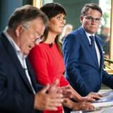 Innovationsminister Sophie Løhde, forsvarsminister Claus Hjort og erhvervsminister Brian Mikkelsen præsenterede tirsdag regeringens nye strategi for cyber- og informationssikkerhed. Kun ét initiativ i strategien er direkte målrettet små og mellemstore virksomheder.