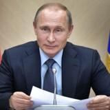 Ruslands præsident Vladimir Putin har i weekenden skrevet under på en lov, der vil gøre det sværere for borgere at søge frit på internettet. Whistlebloweren Edward Snowden har ikke været sen til at kalde den russiske politik »en tragedie«. Arkivfoto.
