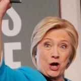 I Europa hører vi aldrig noget om skandalesagerne mod blandt andre tidligere præsidentkandidat Hillary Clinton.