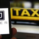 Et deleøkonomiudvalg lægger op til at revidere norsk lovgivning, så betingelserne for Uber forbedres.