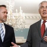 Secretary of State Rex Tillerson møder udenrigsminister Anders Samuelsen. (AP Photo/Jacquelyn Martin)