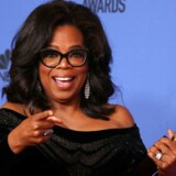TV-stjernen Oprah Winfrey tog årets Golden Globe Awards med storm, da hun natten til mandag (dansk tid) som den første sorte kvinde modtog Cecil B. DeMille-prisen. REUTERS/Lucy Nicholson TPX IMAGES OF THE DAY