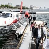 Vandflyveren, der er sat i rute mellem Aarhus og København fotograferet i Københavns Havn efter sin første tur fra Aarhus 24 . maj 2016. Turen tager 45 minutter hver vej.. (Foto: Asger Ladefoged/Scanpix 2016)