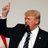 Donald Trump er ofte angrebslysten på Twitter - men både vælgerne og mange af hans egne partifæller er trætte og frustrede over det. REUTERS/Carlos Barria TPX IMAGES OF THE DAY