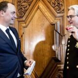 Ministeroverdragelse i Uddannelses- og forskningsministeriet. Tiltrædende minister Tommy Ahlers og afgående minister Søren Pind.