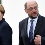 Angela Merkel og Martin Schulz er direkte modstandere i kampen om at blive Tysklands kansler. Foto: FREDERICK FLORIN/Scanpix.