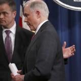 Justitsminister Jeff Sessions på pressemødet, hvor han meddelte, at han erklærede sig inhabil. Getty Images/AFP