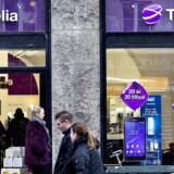 Telia, som i Danmark er nummer tre, købte tidligere på ugen TDC ud af Norge. Det store spørgsmål er, om det - sammen med et forestående opkøb i Sverige - kan hjælpe selskabets danske forretning. Arkivfoto: Nils Meilvang, Scanpix