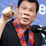 Den filippinske præsident Rodrigo Duterte har sendt militære styker ud til ubeboede øer i Det Sydkinesiske Øhav. Øerne har i lang tid været centrum for en magtkamp mellem Kina og USA (og dets allierede - deriblandt Flilippinerne)..