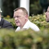 Statsminister Lars Løkke Rasmussen flankeret af gruppeformand Søren Gade og politisk ordfører Jakob Ellemann Jensen. Venstre har i dag meldt ud, at de er imod et forbud mod omskæring.