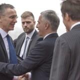 Natos generalsekretær, Jens Stoltenberg (tv.), er torsdag og fredag på besøg i Danmark.