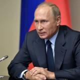 »I dag ødelægges de sidste kemiske våben fra Ruslands kemiske våbenlagre,« siger Putin i en tv-transmitteret tale.