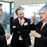 Erhvervsminister Brian Mikkelsen og Jim Hagemann Snabe, Mærsk, i snak med den tredobbelte Pulitzer-modtager Thomas L. Friedman fra The New York Times før talen til regeringens disruptionråd på Marienborg onsdag.