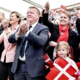 Statsminister Lars Løkke Rasmussen deltager i statsborgerskabsdagen på Christiansborg. I kulissen arbejder han på at skabe en ny og mere moderne version af Venstre.