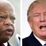 John Lewis (til venstre) er blevet en central person i den boykot, der er sat i værk frem mod Donald Trumps indsættelse som præsident på fredag.