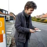 I Nordjylland er man træt af stadig at have steder, hvor mobil- og bredbåndsdækningen er dårlig eller ikke-eksisterende. Derfor går alle kommunerne nu sammen med regionen for at ensrette deres sagsbehandling, så det bliver lettere for leverandørerne at nå frem og ud til alle. På billedet er det dog i Staby, lidt sydligere i det jyske, at der kæmpes med signalerne. Arkivfoto: Johan Gadegaard, Scanpix