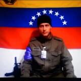 Arkivfoto fra 4. juli 2017 viser »helikopter-terroristen« Oscar Perez et ukendt sted, i en video hvor han opfordrer venezuelere til at stå fast i deres protester mod den nuværende præsident Nicolas Maduro.