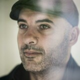Lars Aslan (S) fortæller, at han har fået frataget sit pas og er tilbageholdt i Bahrain efter at have forsøgt indrejse.