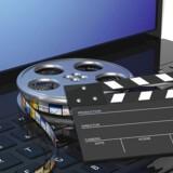 Flere danskere har fået brev om, at de skal betale erstatning for at have downloadet film ulovligt fra nettet. Hvis man føler sig uskyldigt ramt, skal man reagere og eventuelt få advokathjælp, siger forbrugerombudsmand Christina Toftegaard Nielsen. Arkivfoto: Iris/Scanpix