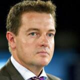 Medlem af Europa-Parlamentet for de Radikale Jens Rohde bønfalder sin tidligere partifælle, finansminister Kristian Jensen (V), om ikke at give efter for Dansk Folkepartis udlændingekrav i de igangværende skatteforhandlinger.