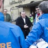 I en række kommuner overgik borgmesterposten efter kommunalvalget i 2013 fra en socialdemokrat eller en SF'er til en politiker fra Venstre eller Det Konservative Folkeparti. Kun et fåtal af de nye borgmestre har sænket skatten i kommunen. Her ses Venstres formand, den nuværende statsminister Lars Løkke Rasmussen, under kommunalvalgkampen i 2013.