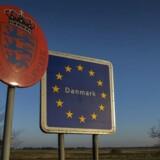 På et hasteindkaldt møde onsdag i Bruxelles mellem Danmark, Sverige, Tyskland og EU-Kommissionen stod det klart, at de midlertidige grænsekontroller er kommet for at blive i et godt stykke tid.