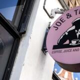 Den danske juicedarling, Joe & The Juice, har næsten fordoblet sin omsætning op til det store ekspansionsår 2018. Det viser det nyeste årsregnskab. Men årsregnskabet viser samtidig, at et underskud på 27 mio. på bundlinjen. Årsagen findes bl.a. i massive investeringer i nye forretninger verden over.