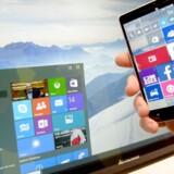 Hvis man ikke passer grumme på, får man automatisk installeret Windows 10 på sin PC, uanset om man ønsker det eller ej. Det har Microsoft besluttet. Arkivfoto: Peter Steffen, EPA/Scanpix