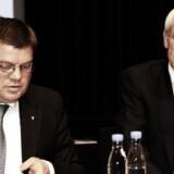 Amagerbankens daværende topchef Jørgen Brændstrup (tv.) og den daværende bestyrelsesformand N.E. Nielsen.