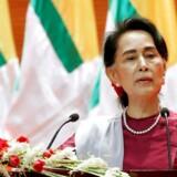 I sin tv-transmitterede tale tirsdag sagde Aung San Suu Kyi, at hun er dybt bekymret for alle borgere, der lider under konflikten i Rakhine-provinsen.