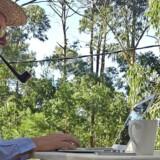 I sin jagt på nye erhvervseventyr har Klaus Riskær Pedersen nu kastet sig over cannabisproduktion i Uruguay. Privatfoto