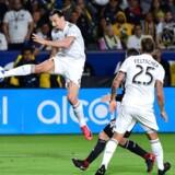 Zlatan Ibrahimovic har meddelt Sveriges Fodboldforbund, at han ikke er aktuel til sommerens VM i Rusland. / AFP PHOTO / FREDERIC J. BROWN
