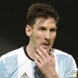 Fodboldstjernen Lionel Messi kan trylle med en bold, men måske tryller argentineren også lidt for meget med de penge, han tjener på sporten.