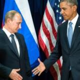 Ved at flyve bombetogter i Syrien nu – om det så er ganske få – skaber Putin en risiko for, at amerikanske og russiske militære enheder kan støde sammen.