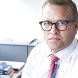 Falck er i krise og den nye topchef Jakob Riis stiller op til første interview ifm virksomhedens halvårsregnskab.
