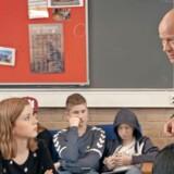 En 8. klasse i Hvidovre har fået Thomas Blachman på skoleskemaet i det nye DR-program, hvor den kendte musiker og X Factor-dommer imidlertid ikke har meget nyt med i tornysteret. PR-foto