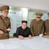 Arkivfoto: Nordkoreas hær briefer Kim Jong-un om angrebsplan mod Guam. KRT via Reuters