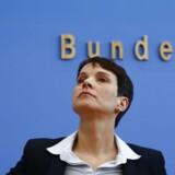 Frauke Petry, formand for Alternative für Deutschland, kunne i weekenden se sit parti blive stemt ind i landdagen i Sachsen-Anhalt med 24,2 procent af stemmerne. Det kun tre år gamle parti er nu repræsenteret i halvdelen af alle tyske delstater.