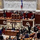 Tirsdag har underhuset i Paris ved en førstebehandling med stort flertal stemt for en ny antiterrorlov. Dette skete med stemmerne 415 mod 127.