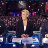 Den 45-årige kommentator og vært med sit eget show, Megyn Kelly (i midten) før en af debatterne mellem Republikanernes præsidentkandidater i januar.