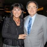 Den canadiske medicinalmilliardær Barry Sherman og hans kone, Honey, blev fundet dræbt i deres hjem i Toronto i december 2017. Her ses parret til et velgørenhedsarrangement i deres hjemby i 2010.