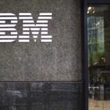 Den amerikanske it-gigant IBM havde en stigende kvartalsomsætning for første gang i seks år i fjerde kvartal. (AP Photo/Mary Altaffer)