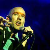Nyt gammelt fra R.E.M. Her forsanger Michael Stipe tilbage i 2003 på Midtfynsfestival.