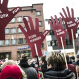 De mange faglige organisationer står skulder ved skulder og afholder demonstration den 22. marts på Store Torv i Aarhus for bedre løn og arbejdsvilkår for offentligt ansatte.