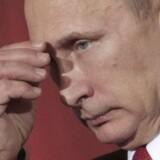 Det russiske udenrigsministerium udtaler søndag, at det er af »særlig bekymring«, at Finland og Sverige lægger op til et tættere samarbejde med Nato. Det skriver Reuters.