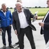 Danmarks længst siddende borgmester, Steen Dahlstrøm, har besluttet at træde tilbage fra posten.