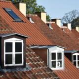 Der står 53.432 ejerboliger til salg ved udgangen af 2016. Det fordeler sig på 35.613 huse, 6700 ejerlejligheder og 11.119 fritidshuse. (Arkivfoto: Mathias Løvgreen Bojesen/Scanpix 2016)